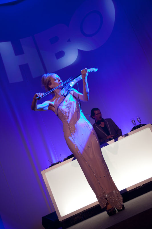 Ute Passionflower playing live at the HBO opening event in Warsaw