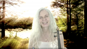 Ute Apfelstedt Passionflower is playing and singing LIVE on Insight Timer, Sunday, June 20, at 9pm CET